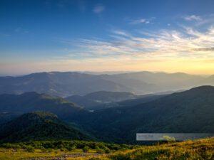 Fernblick von Gipfel des Grand Ballon in den Vogesen