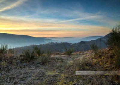 Nebliger Wintermorgen, Neben liegt im Glantal. Ein schöner Sonnenaufgang