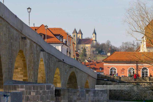 Frühling an der Steinernen Blicke. Blick in Richtung Dreifaltigkeitskirche