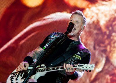 James Hetfield, Sänger der Band Metallica bei einem Konzert in Deutschland
